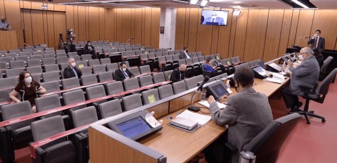 Parlamentares querem que proposta de reforma seja dividida